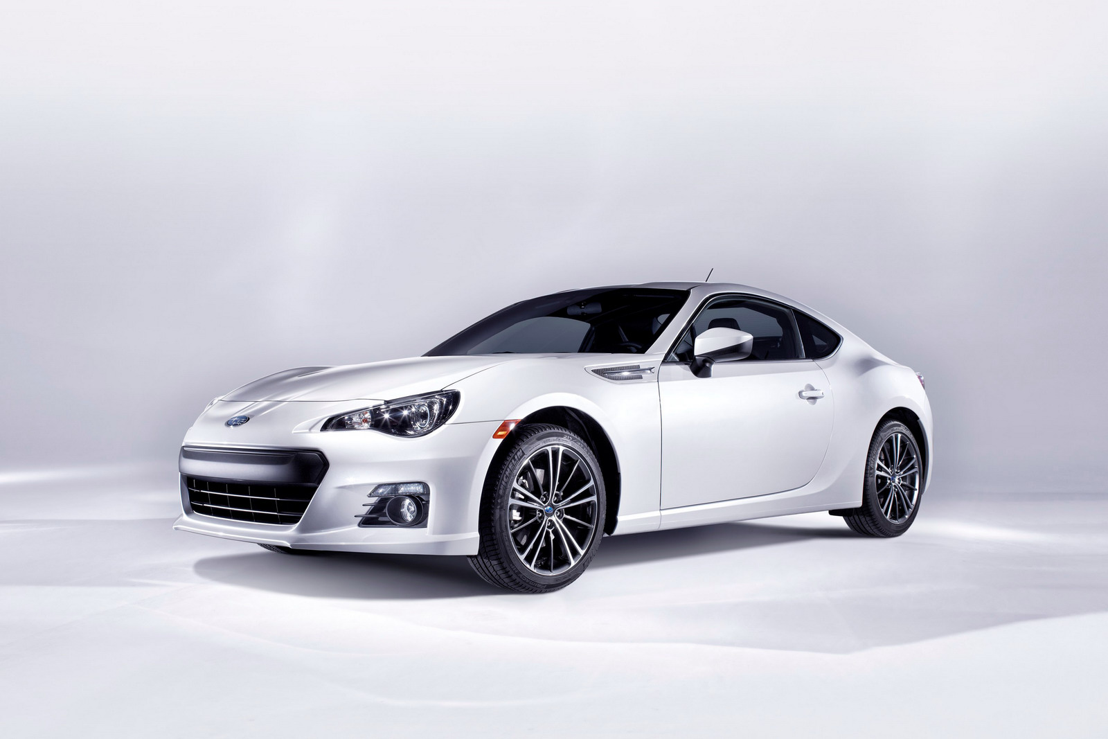 Subaru BRZ Official Photos and Specs Released  autoevolution