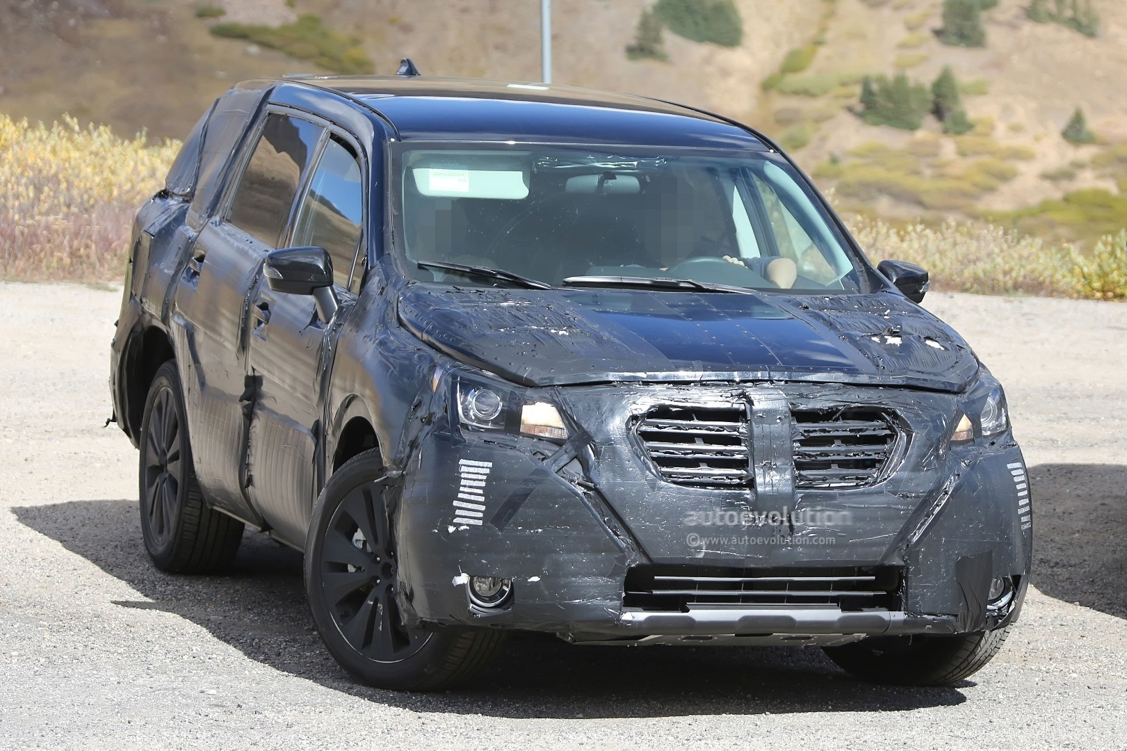 2019 Subaru Three Row Crossover Is Expected To Get Hybrid ...