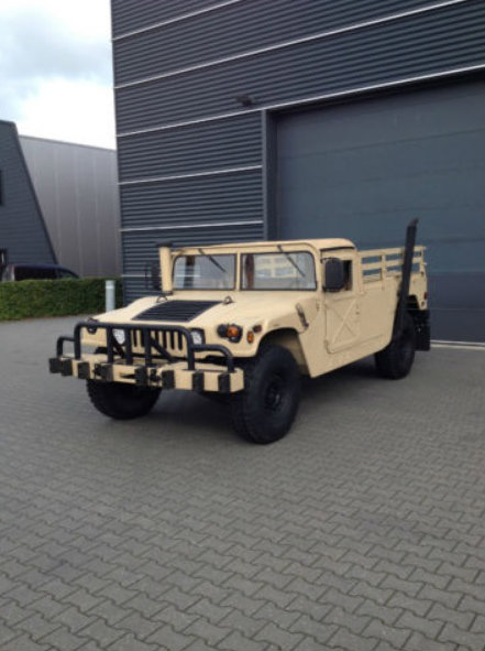 super clean humvee pickup truck for sale in the netherlands autoevolution. Black Bedroom Furniture Sets. Home Design Ideas