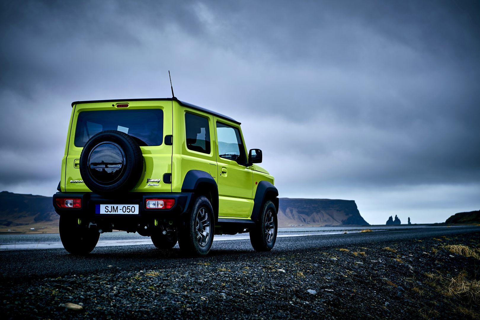 Suzuki Jimny HD Wallpapers: More David than Goliath ...