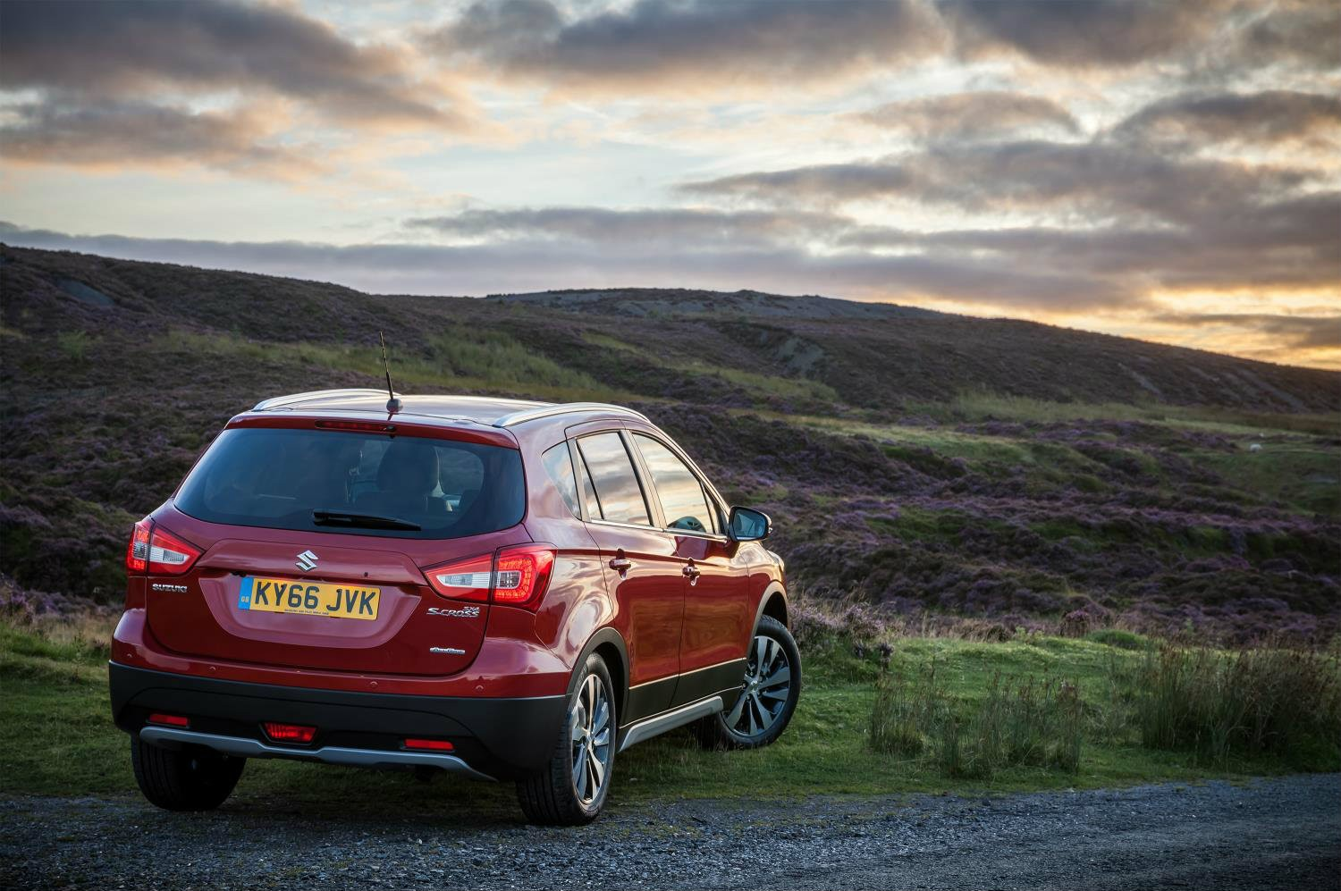 2017 Suzuki SX4 S-Cross Facelift Priced From £14,999 In