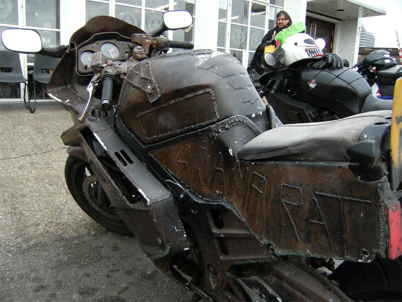 Swamp Rat The Apocalyptic Honda Vfr Autoevolution