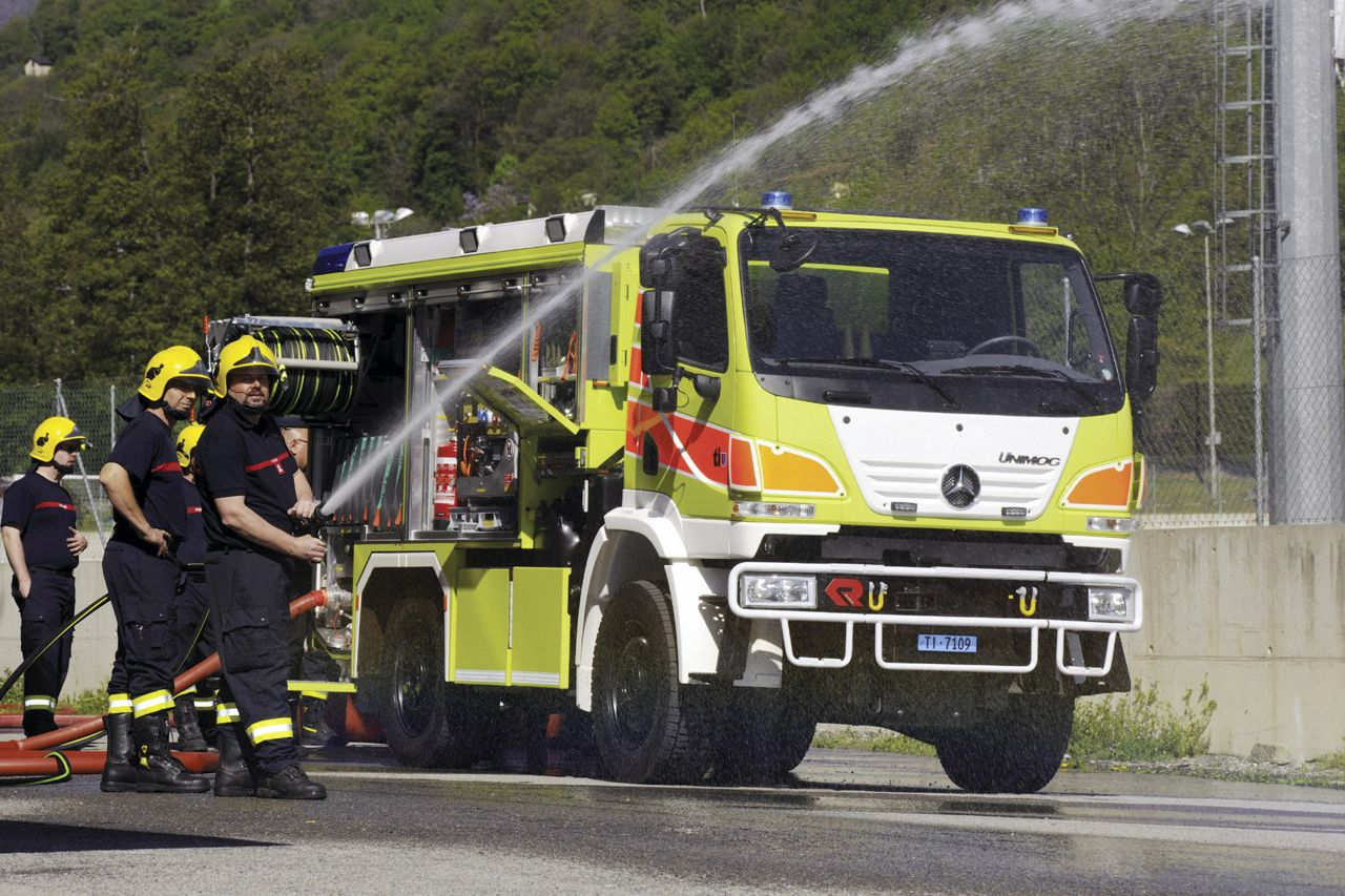 Swiss Fire Brigade Takes Delivery Of 15 Unimog U20s