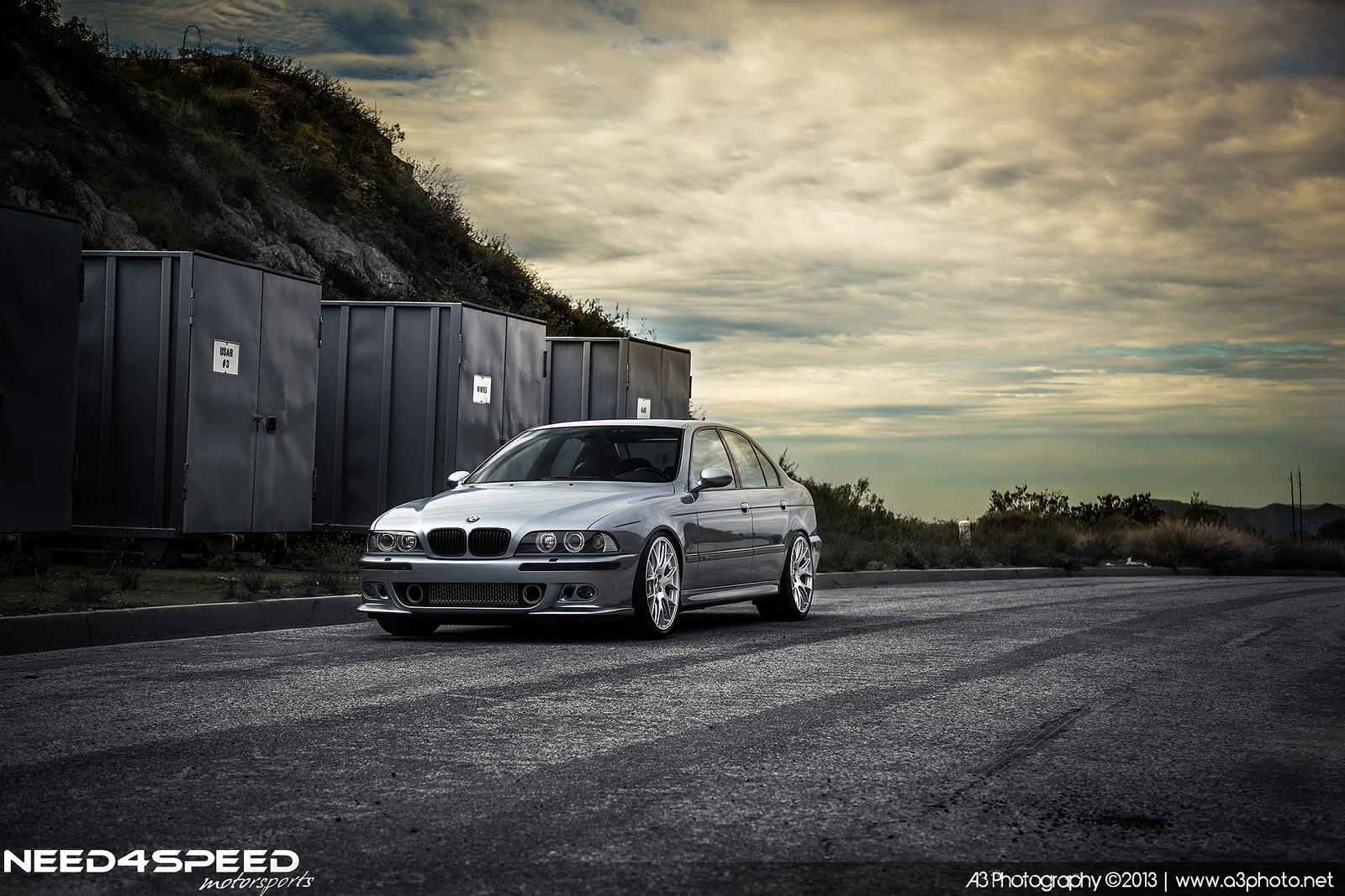Take a Walk Down Memory Lane with This Custom BMW E39 M5 - autoevolution