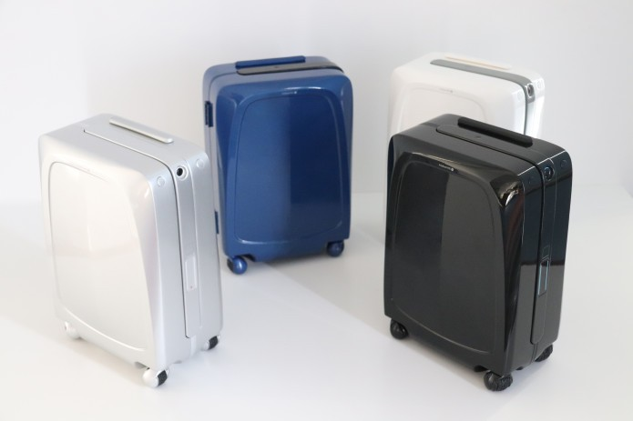 AI-powered autonomous carry-on Ovis by ForwardX