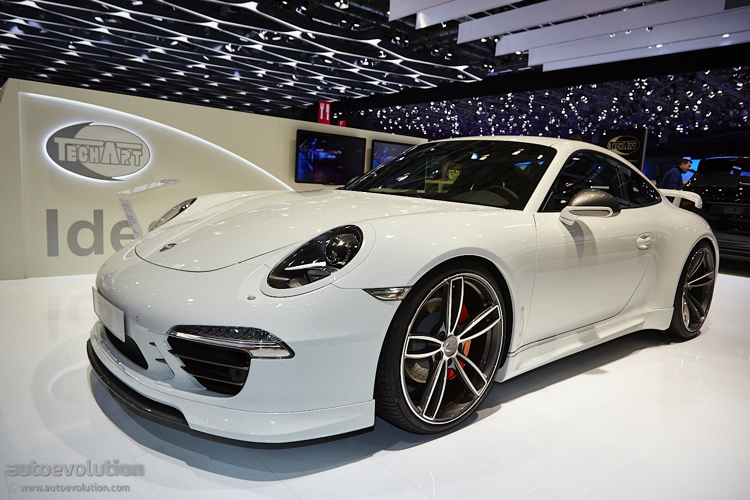 Techart Presents Modified Porsche 911 Turbo S In Geneva