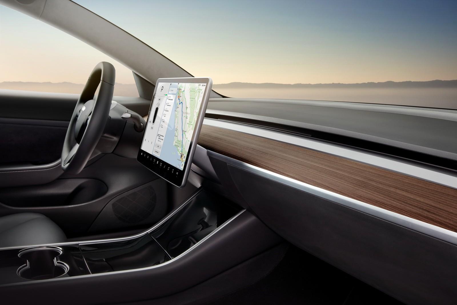 Tesla Model 3 Long Range Record: 606 2 Miles on a Single