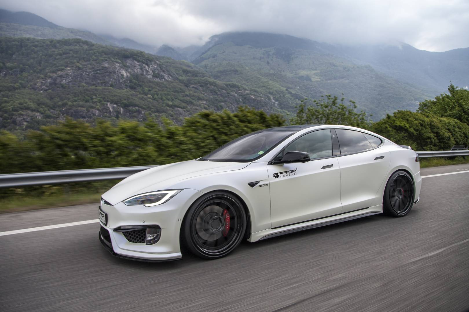 Tesla Model S by Prior Design Is Unusually Restrained - autoevolution