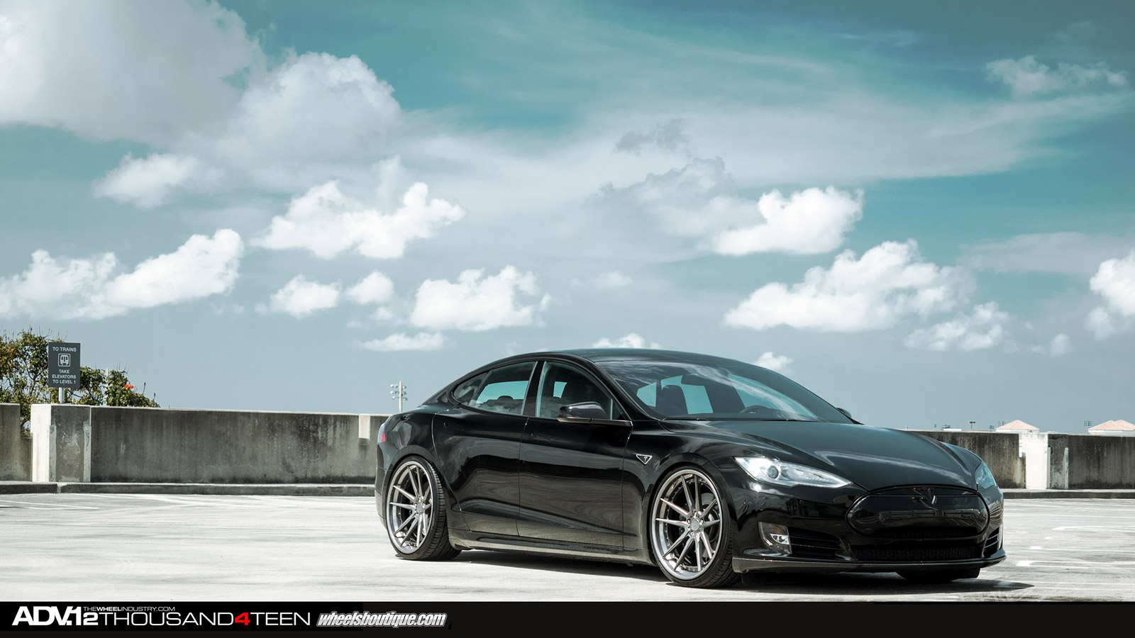 Tesla Model S Receives 22-inch ADV.1 Wheels - autoevolution