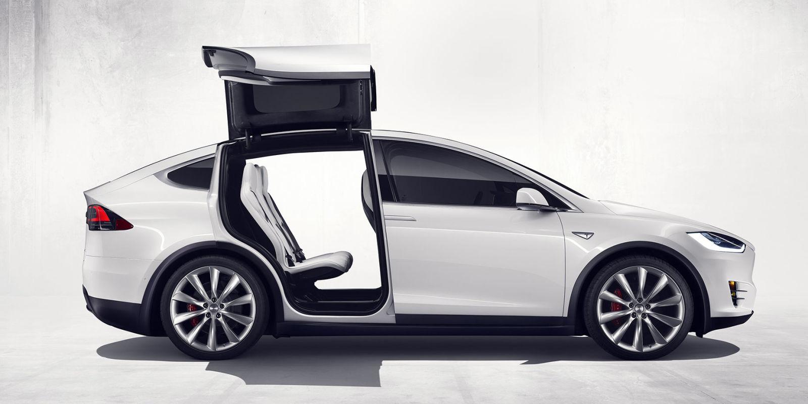Tesla Model X ... & Tesla Model X Three-Wheeler Rendered as Reliant Robin Comeback ...