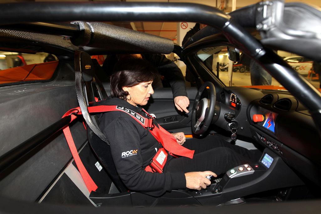 Tesla Roadster Racer - autoevolution