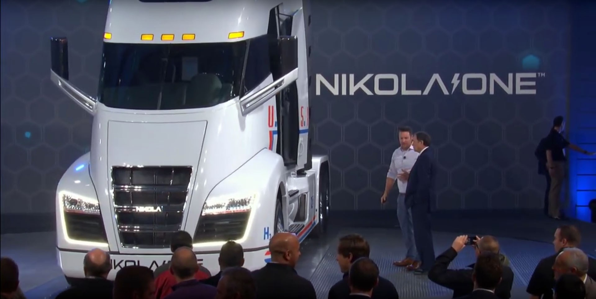 Nikola Motor sues Tesla for $2-billion, alleging design patent violation