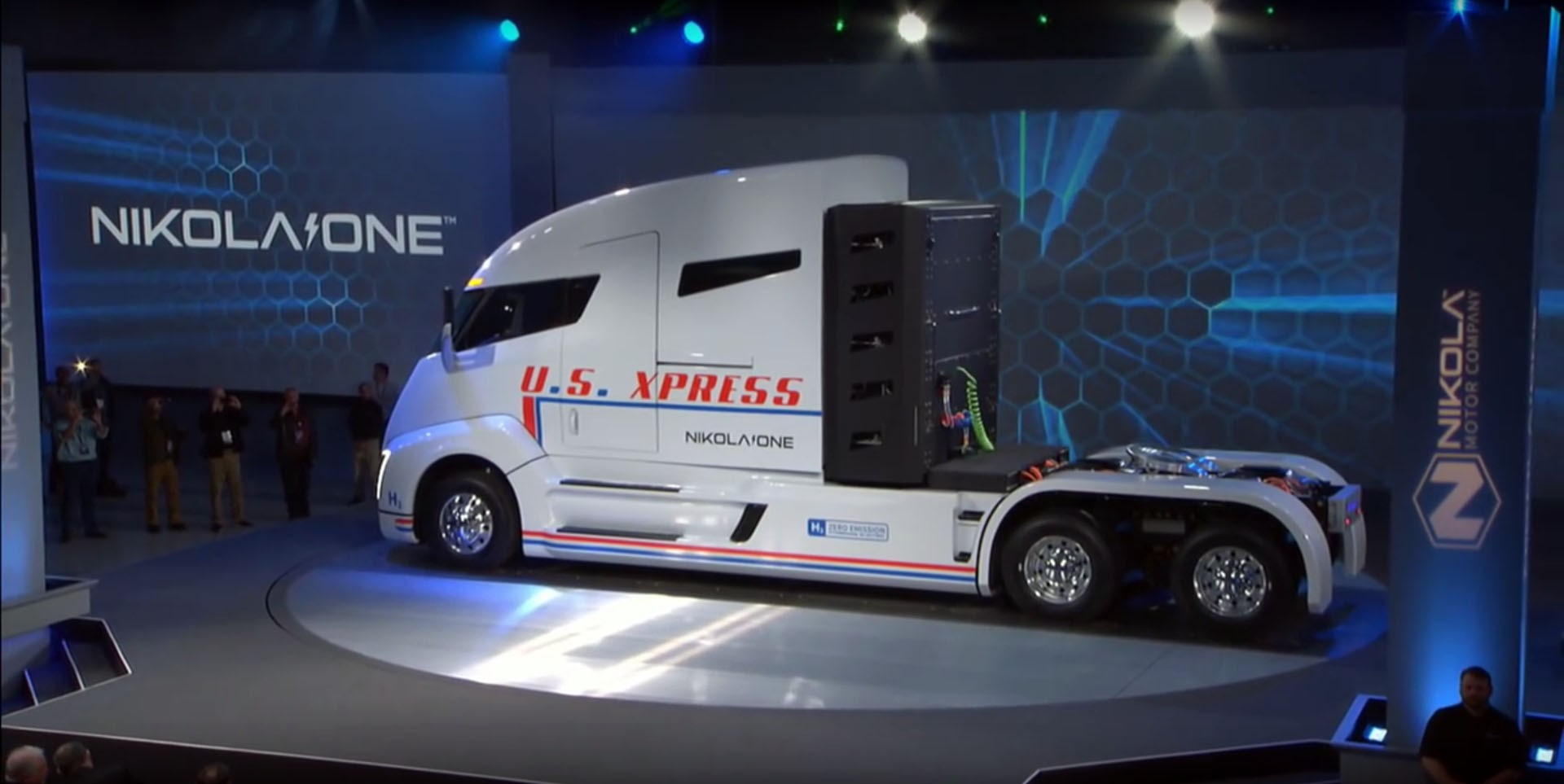 Nikola begins electric semitruck war, hits Tesla with $2 billion patent suit