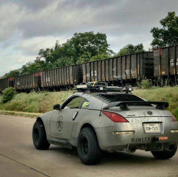 Texan Offroading Fan Builds Lifted Nissan 350z Quot Jportscar