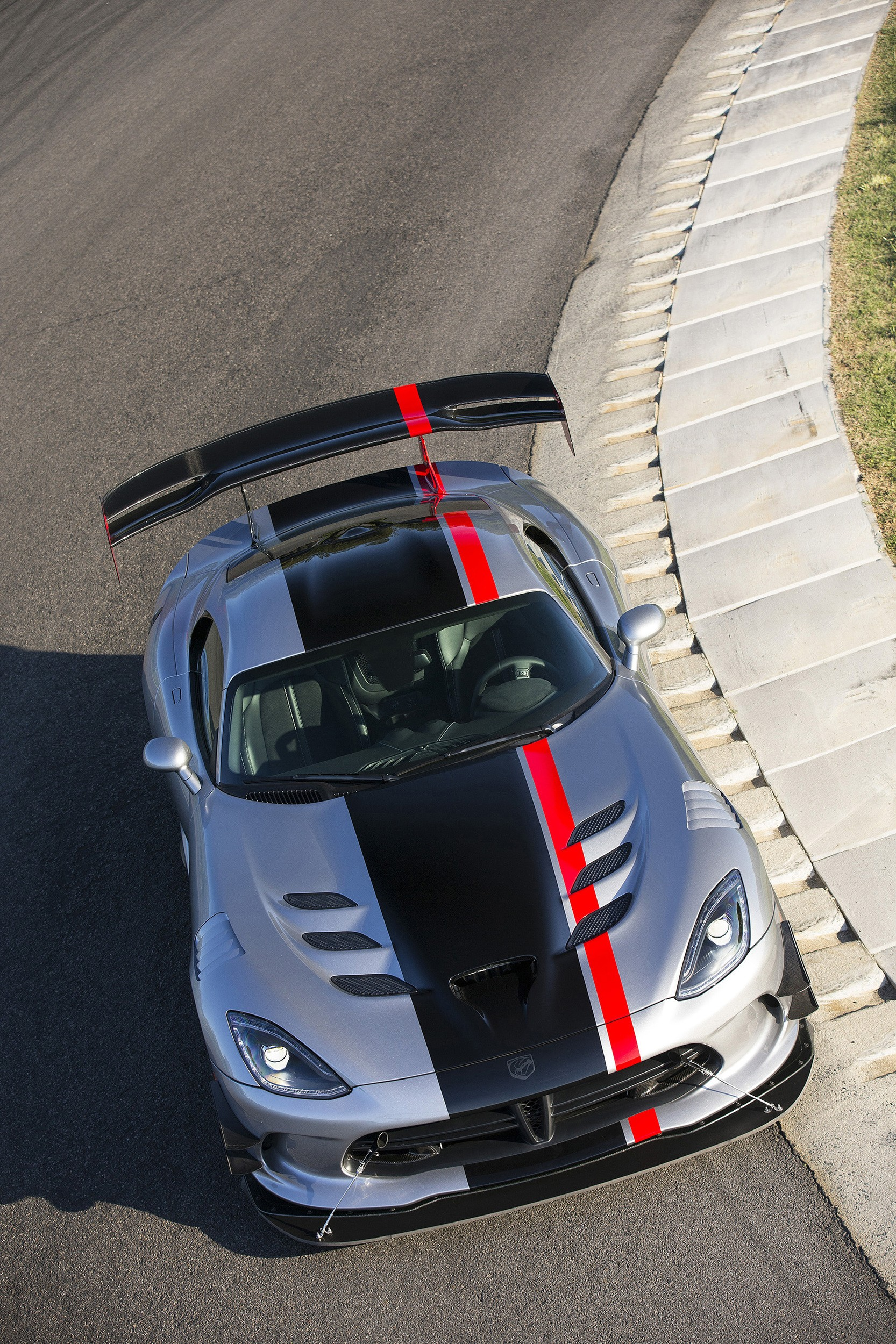 Auto Tune Up Cost >> That 2016 Dodge Viper ACR You Dream Of Owning Starts at $121,990 - autoevolution