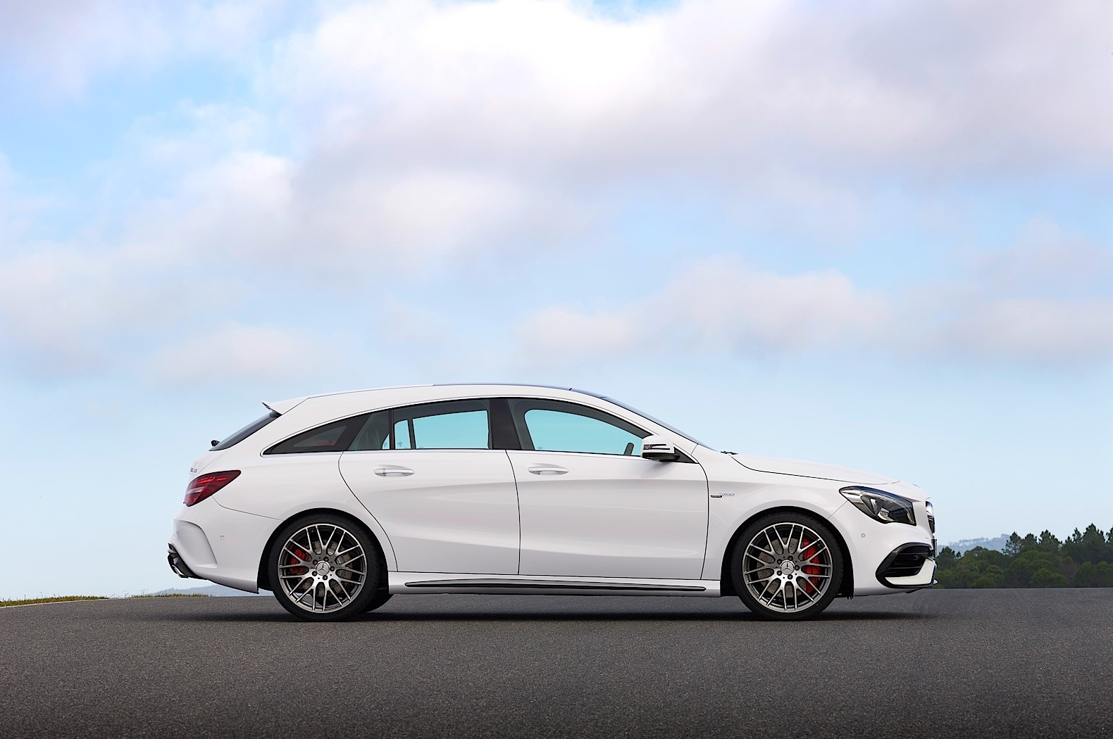 The 2017 mercedes benz cla and cla shooting brake are here for Mercedes benze cla