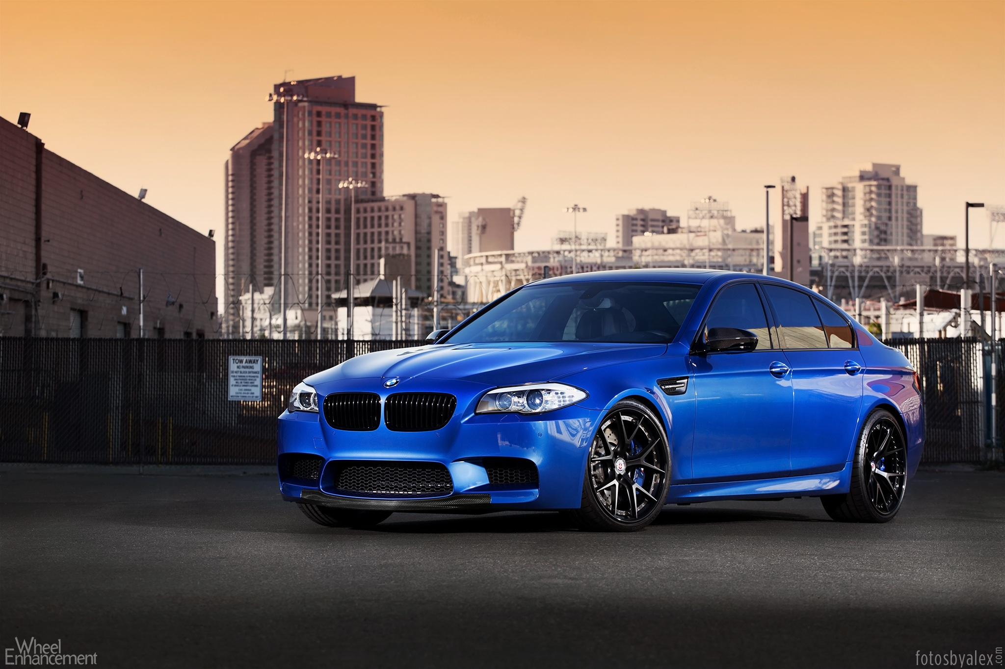the blue marble bmw f10 m5 on hre s101 wheels autoevolution. Black Bedroom Furniture Sets. Home Design Ideas