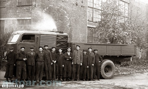 The First and Last Steam-Powered Russian Truck - autoevolution