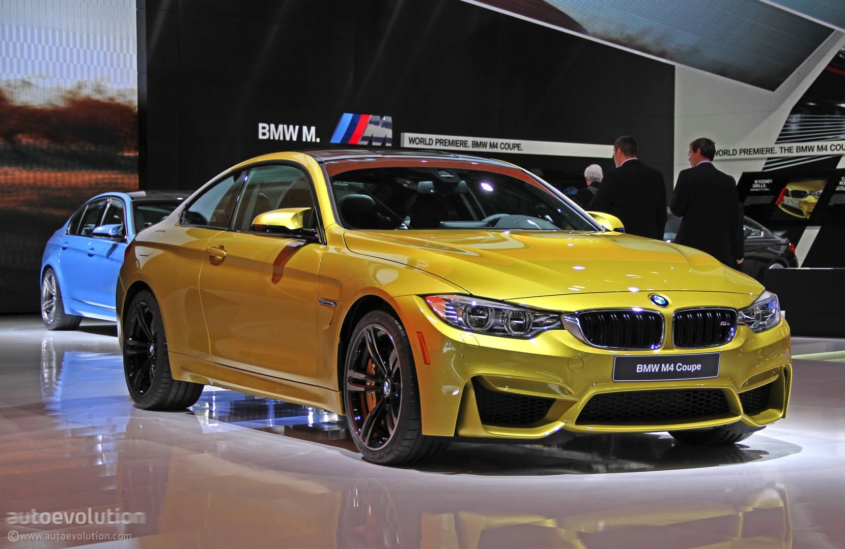 The First Ever BMW M4 Debuts at 2014 Detroit Auto Show [Live Photos] - autoevolution