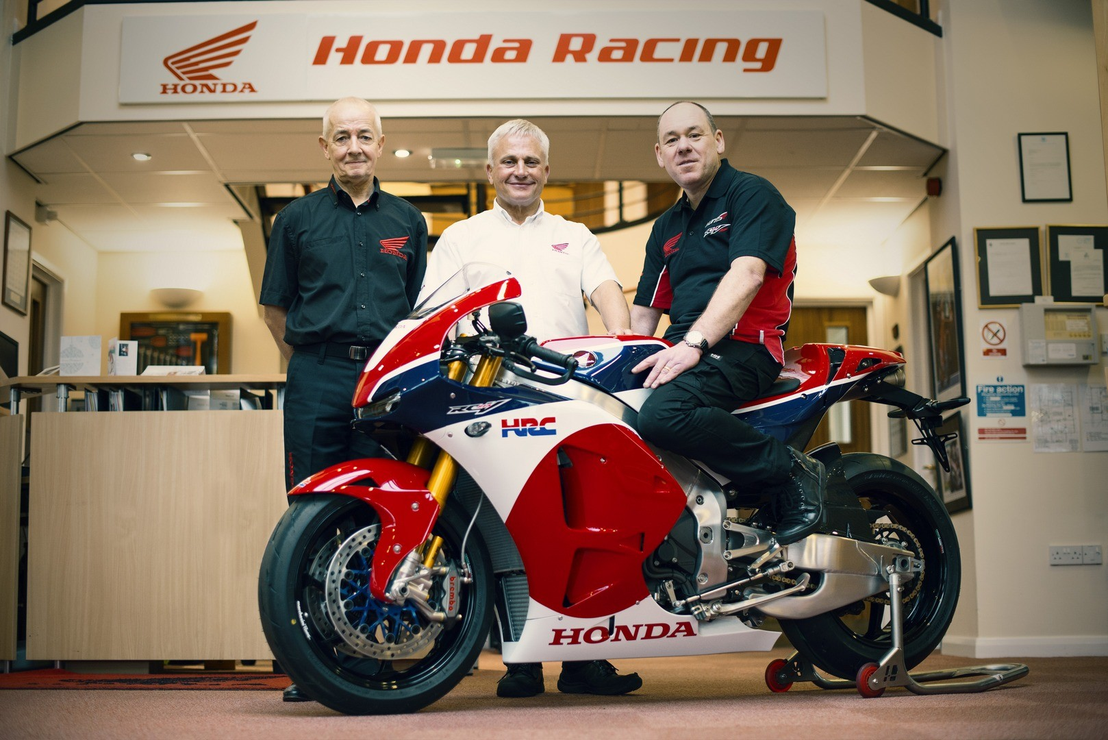 The First Honda RC213V S Handed Over To Its New Owner