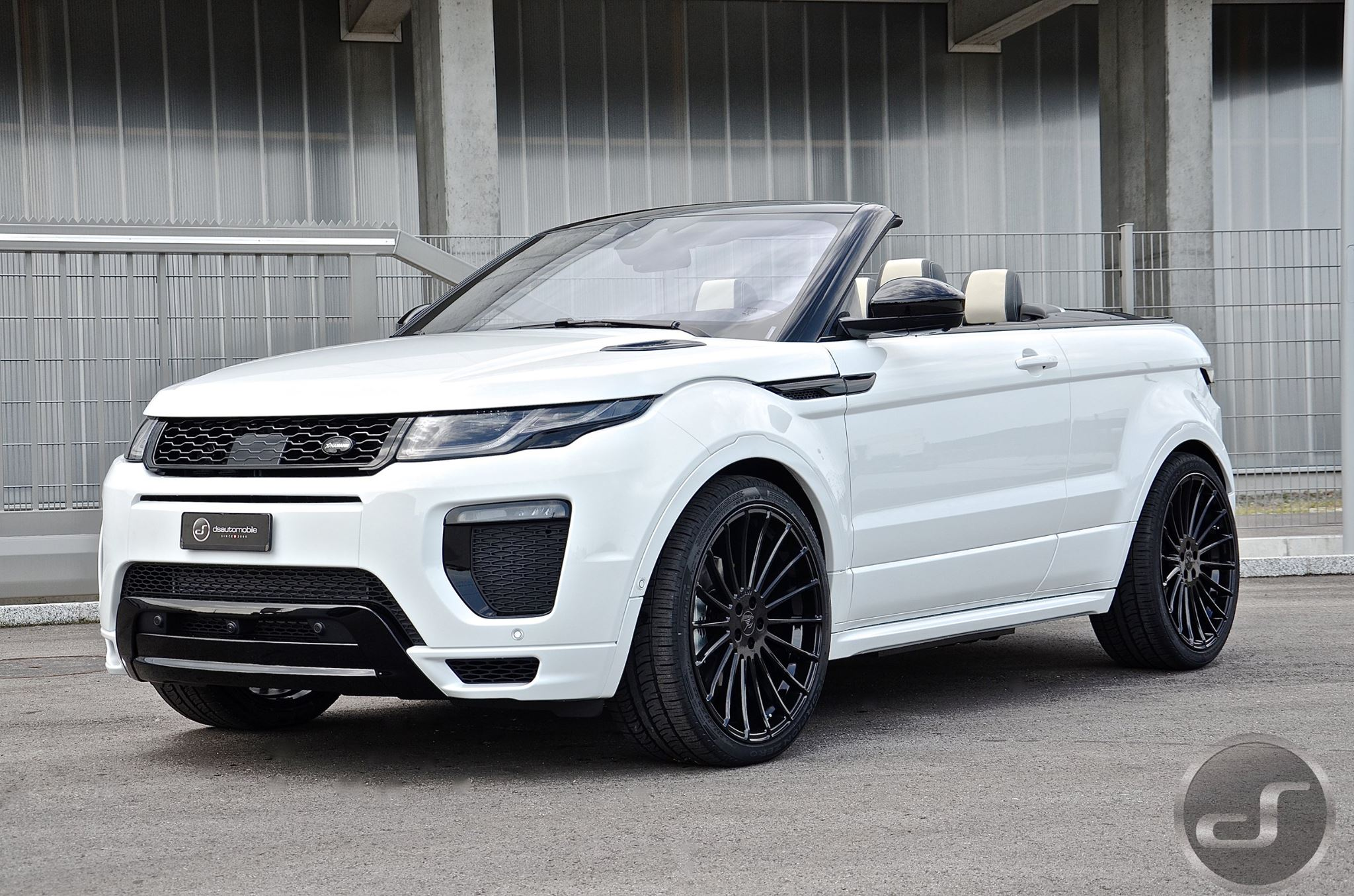 the first tuned range rover evoque cabrio wears hamann kit autoevolution. Black Bedroom Furniture Sets. Home Design Ideas