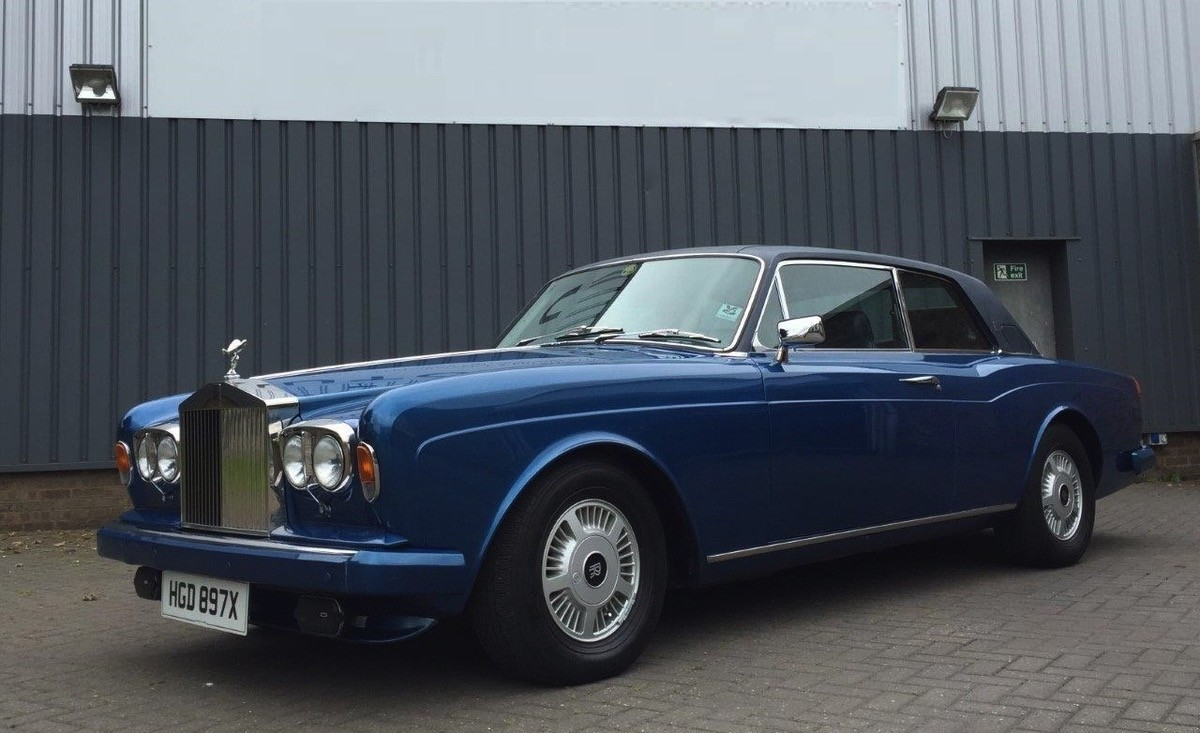 The Force Is Strong With This Particular Rolls Royce Corniche Fhc Autoevolution