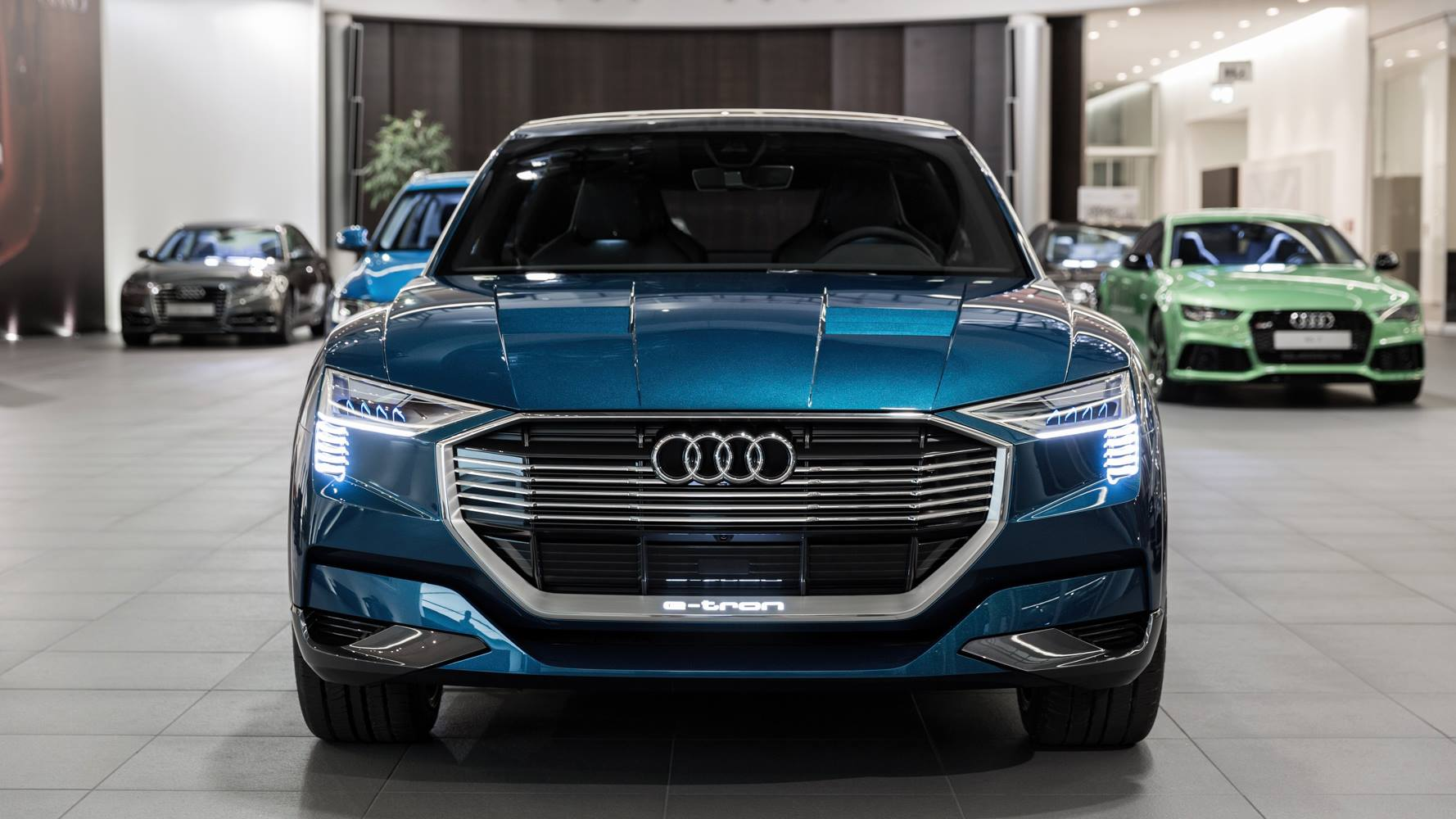 The Future Is Here Audi E Tron Quattro Concept Arrives At