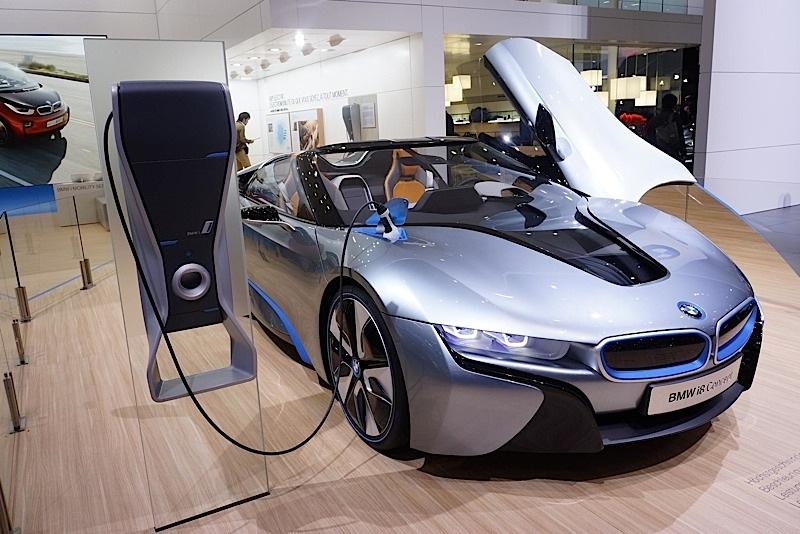 ... BMW I8 Spyder Concept