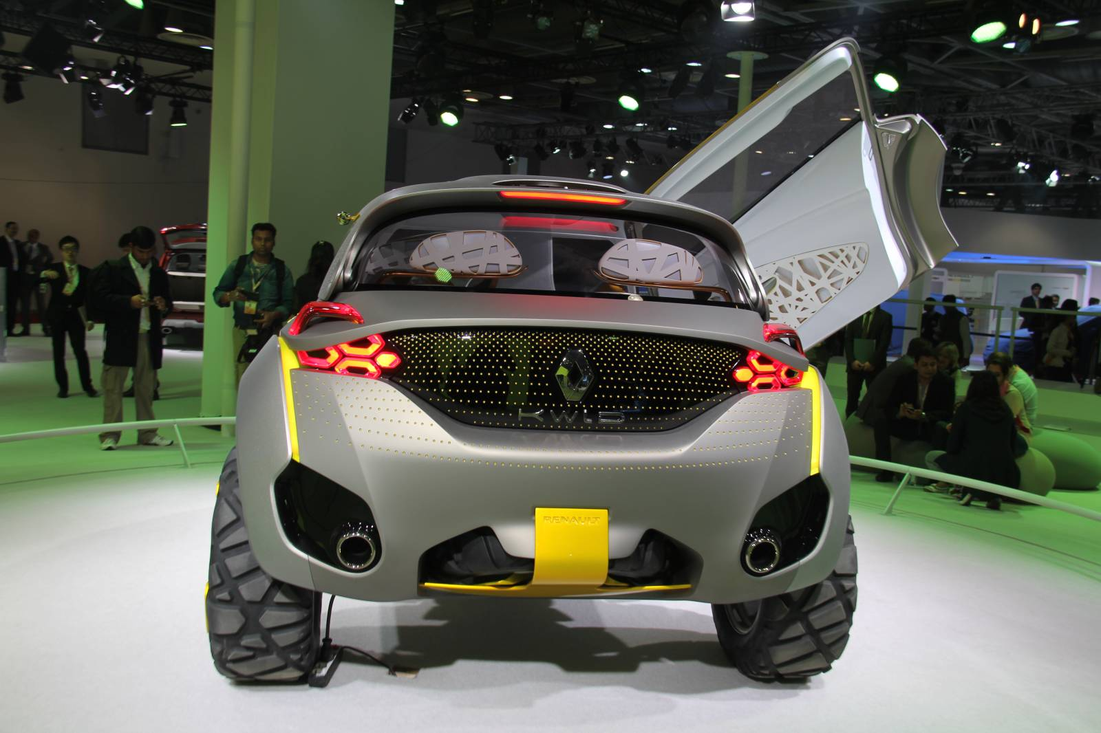Fiat Electric Car >> The KWID Concept Could Become Renault's Next Crossover in 2016 - autoevolution