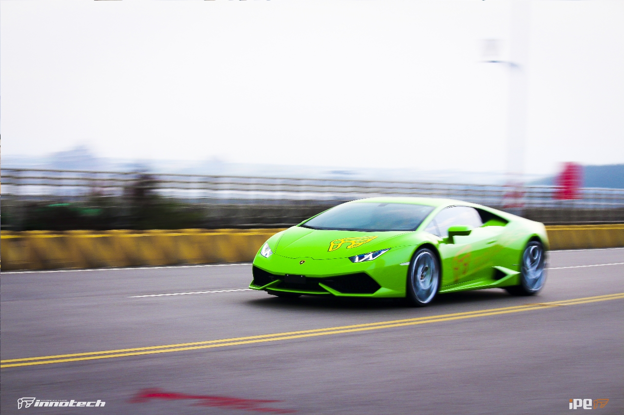 The Loudest Lamborghini Huracan You've Met Uses an F1 ...
