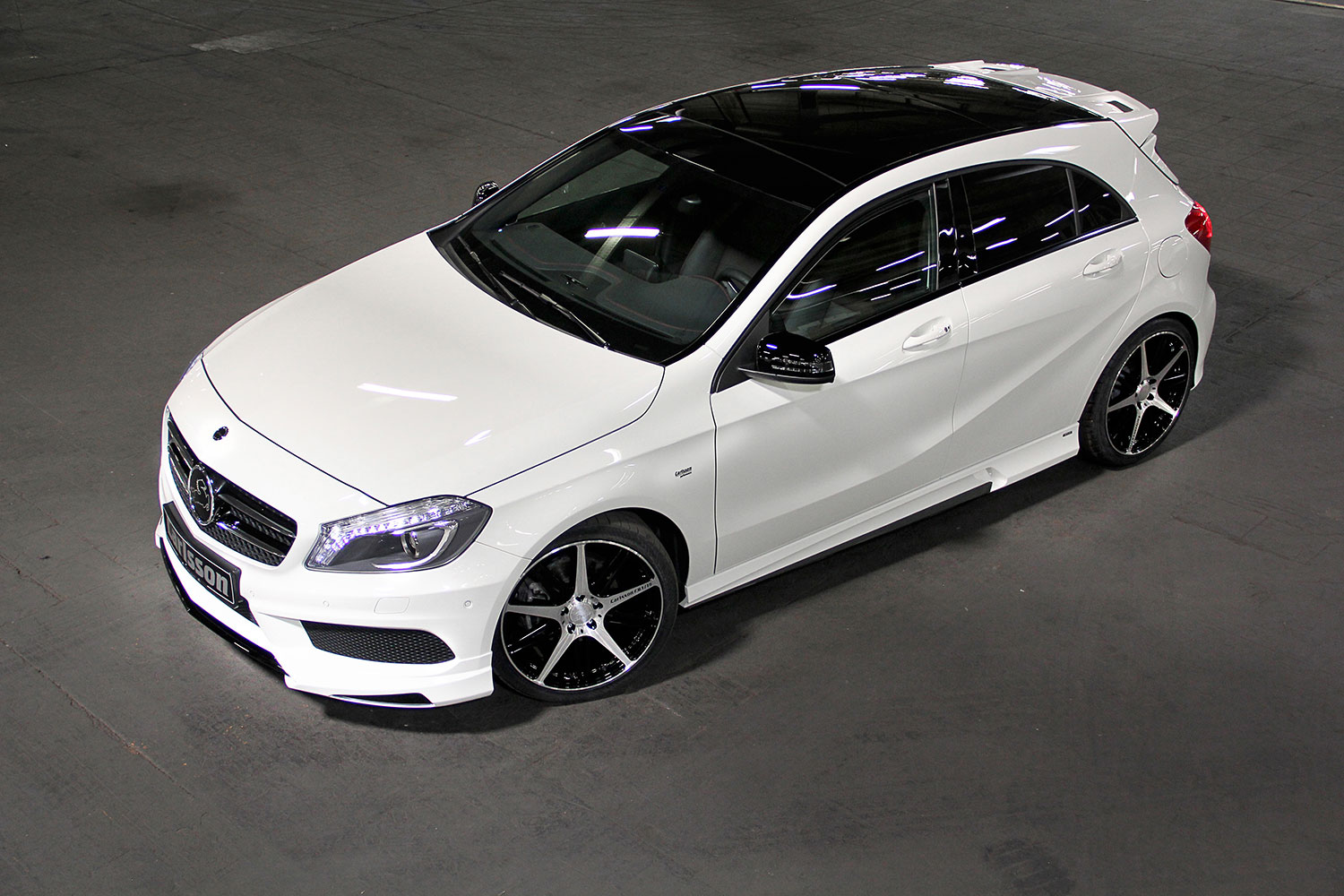 the mercedes benz a class w176 gets carlsson ized autoevolution. Black Bedroom Furniture Sets. Home Design Ideas