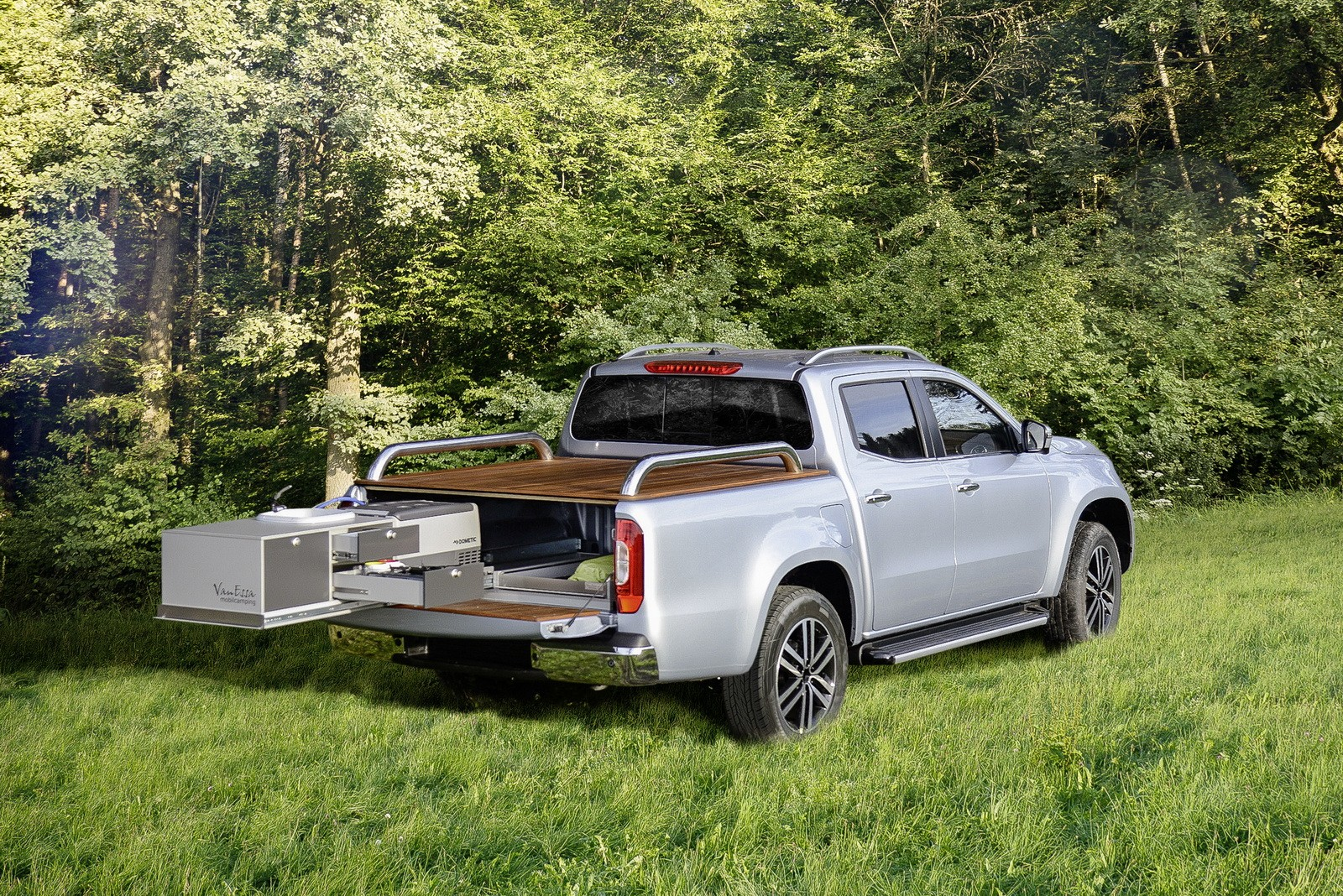 Mercedes-Benz Turns The X-Class Pickup Into a Camper Van and