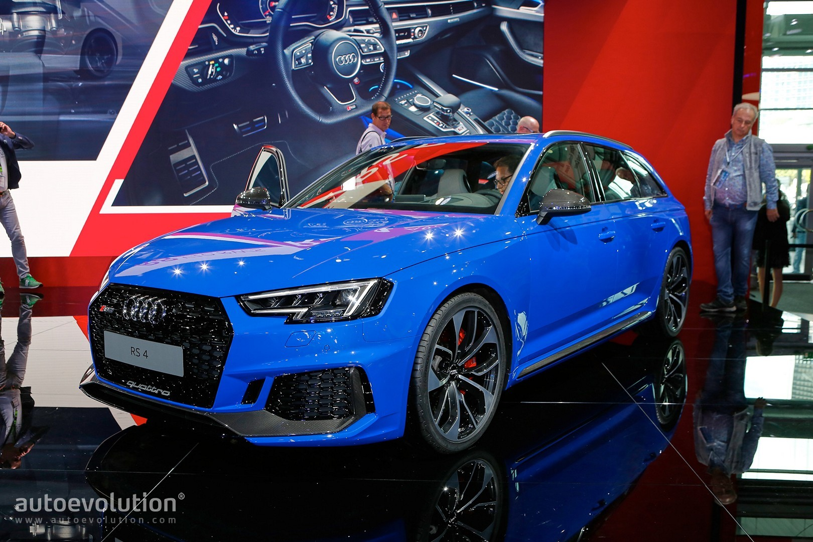 Audi Rs4 Avant B5 With Rs4 Shaped Trailer Finally Filmed