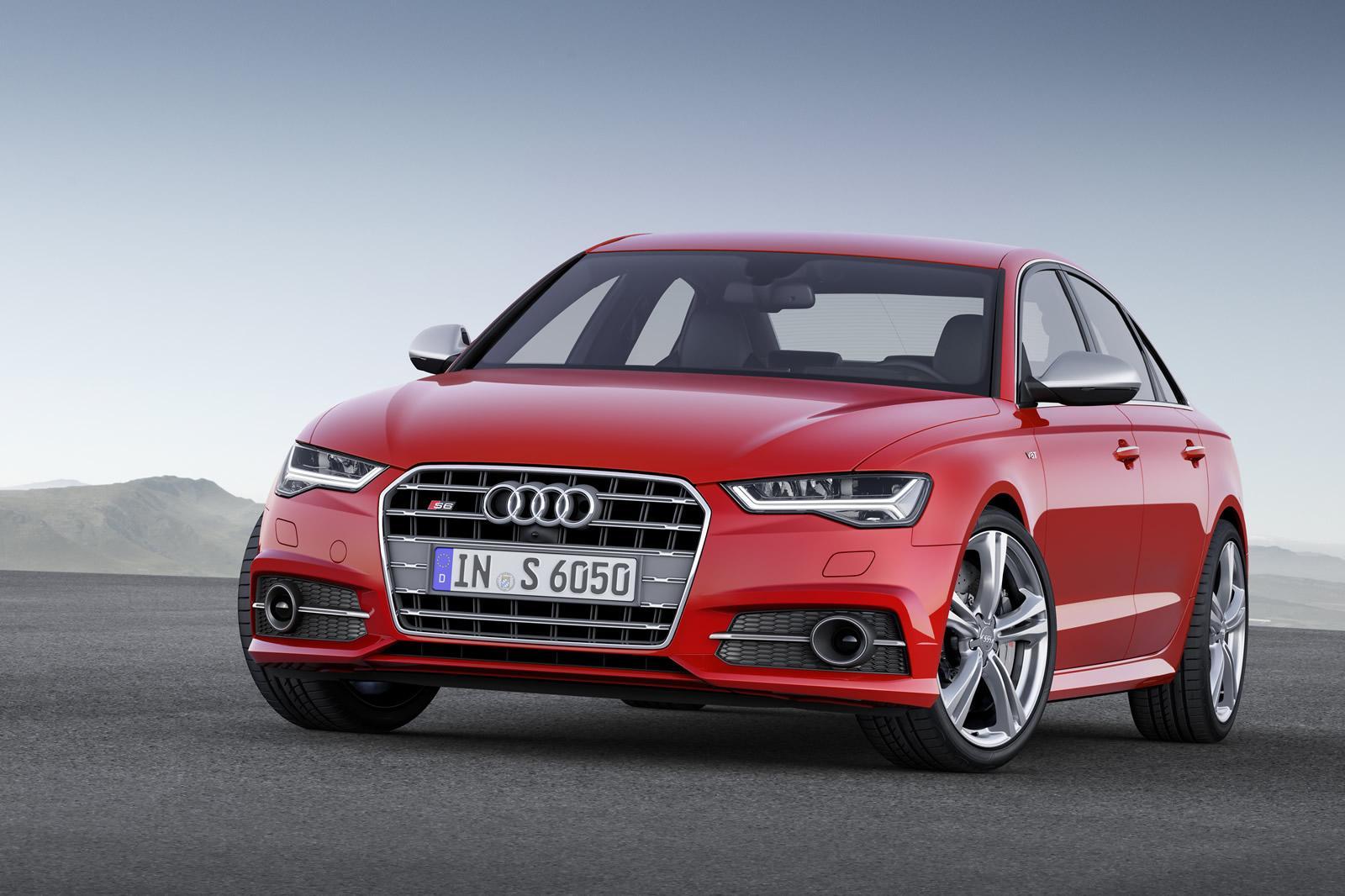 Красная Audi S6