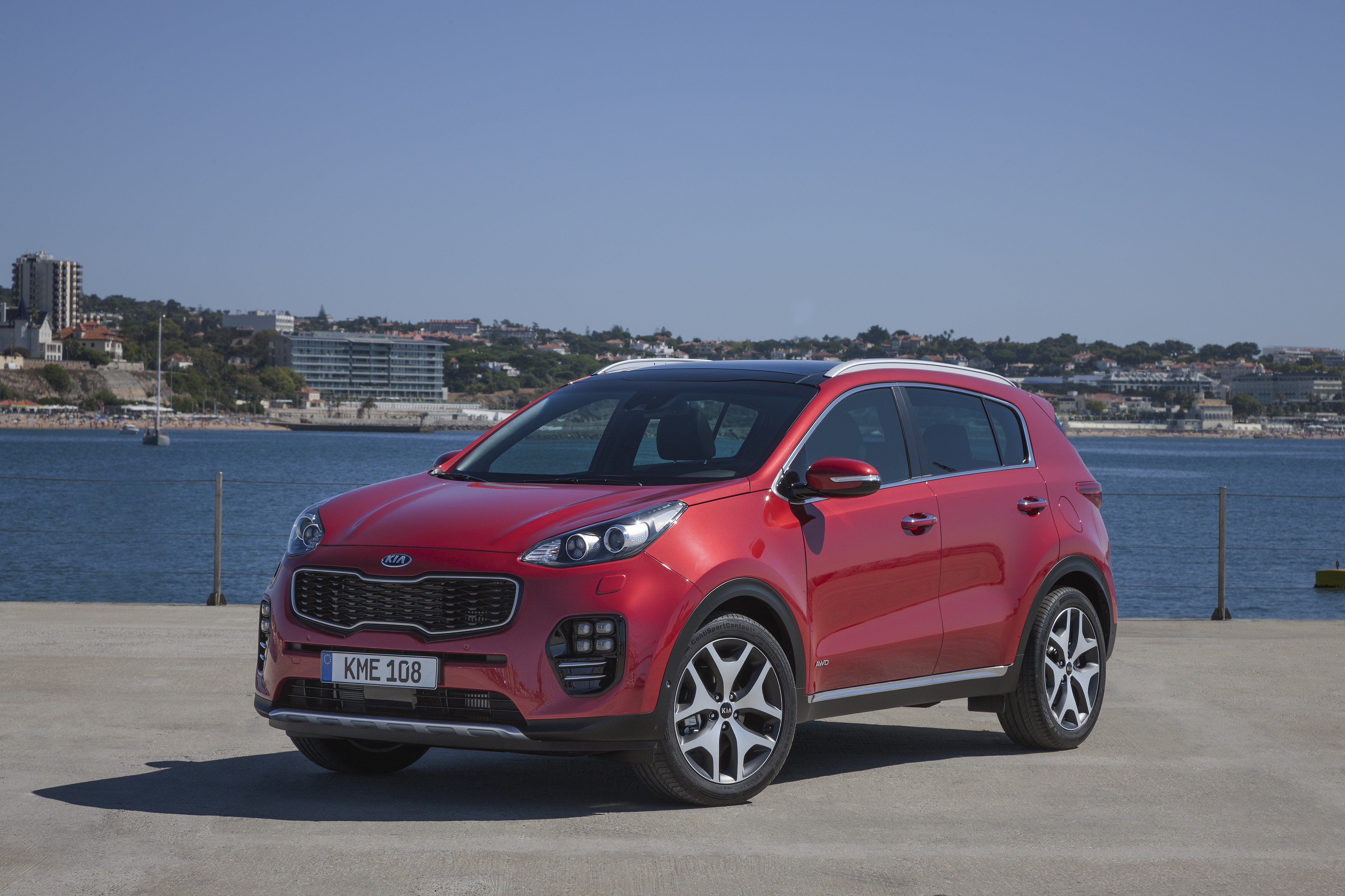 2016 kia sportage first walkaround video reveals radical. Black Bedroom Furniture Sets. Home Design Ideas