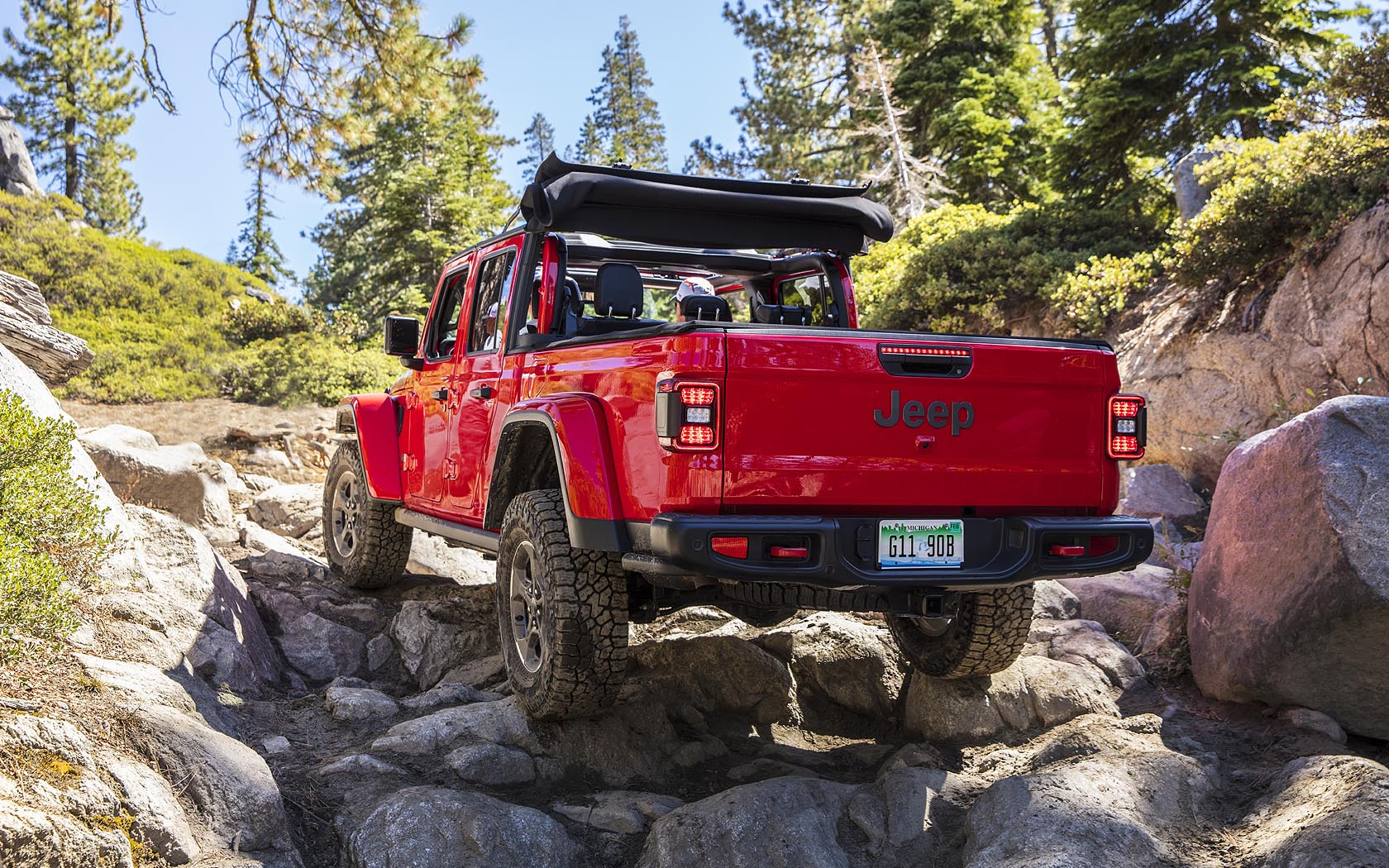 the offroad capabilities of the 2021 jeep gladiator