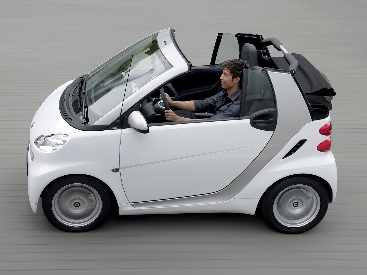 The Smart Fortwo Leads Top Of Most Loss Making Cars Autoevolution 2011 Car Wiring Diagram Cabriolet