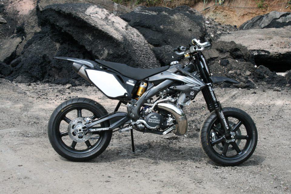 The Taffy Racing Black Diamond Honda Supermoto Xxx Autoevolution