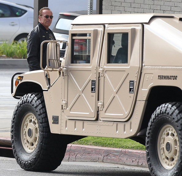 Arnold Schwarzenegger Is A Badass Drives An Am General