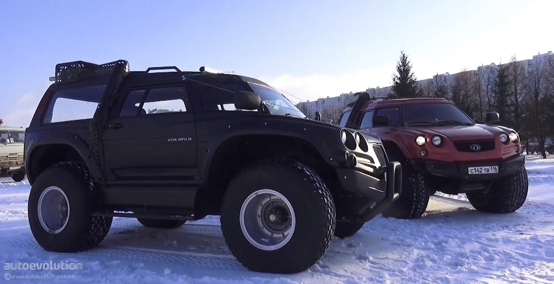 The Viking 29031 Is An Amphibious Monster Truck From Russia Video Autoevolution