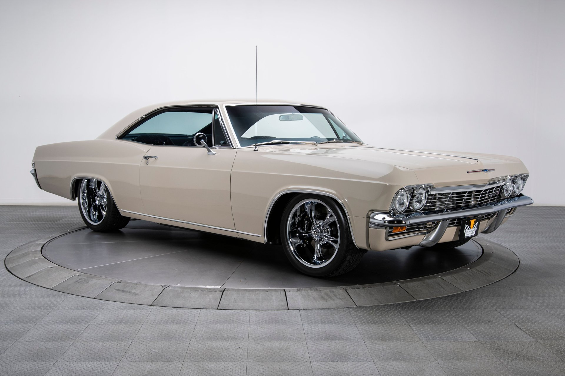 This 1965 Chevy Impala Ss Combines Restomod Beauty With