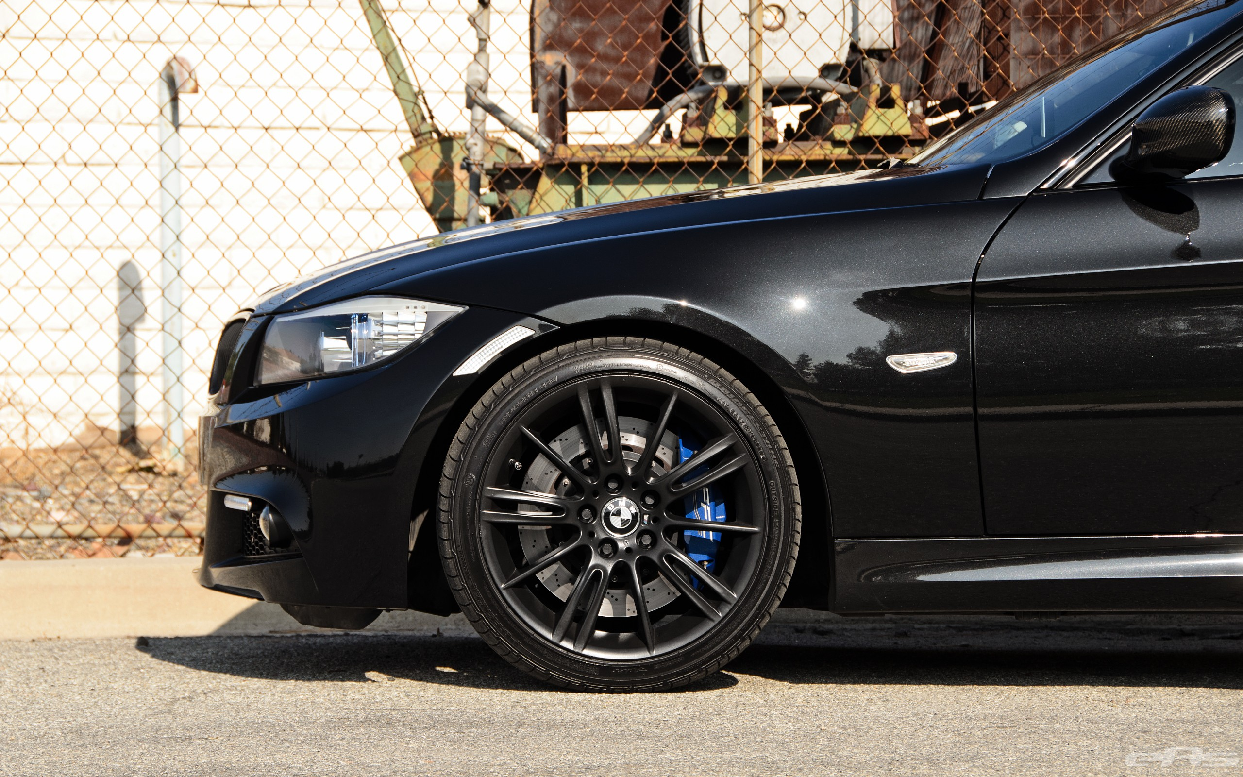 this bmw 335i is the definition of a sleeper autoevolution. Black Bedroom Furniture Sets. Home Design Ideas