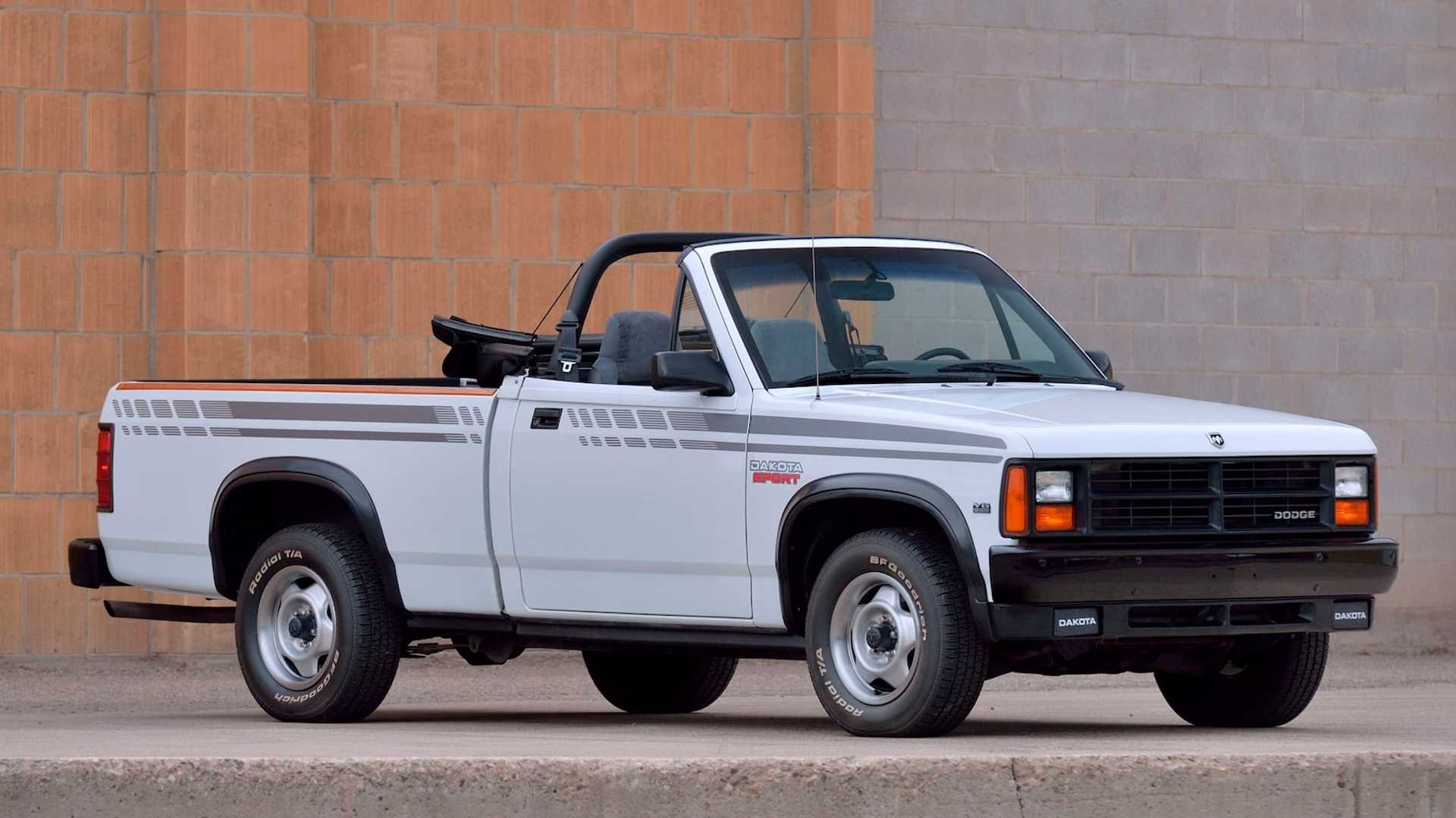 This Dodge Dakota Ls Sport Convertible Looks Pristine Is Heading To Auction Autoevolution