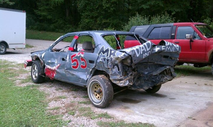 How to Turn a Toyota Camry into a Demolition Derby Car ...