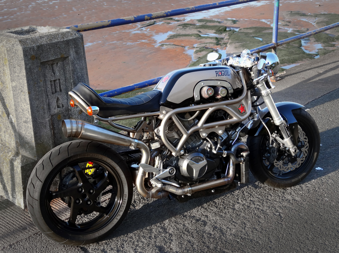 this insane custom honda vtr will blow your mind   autoevolution