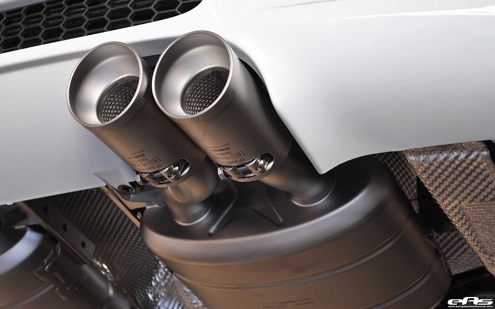 BMW Aftermarket Parts >> This Is How an Akrapovic Exhaust System Looks Like on a BMW M3 - autoevolution