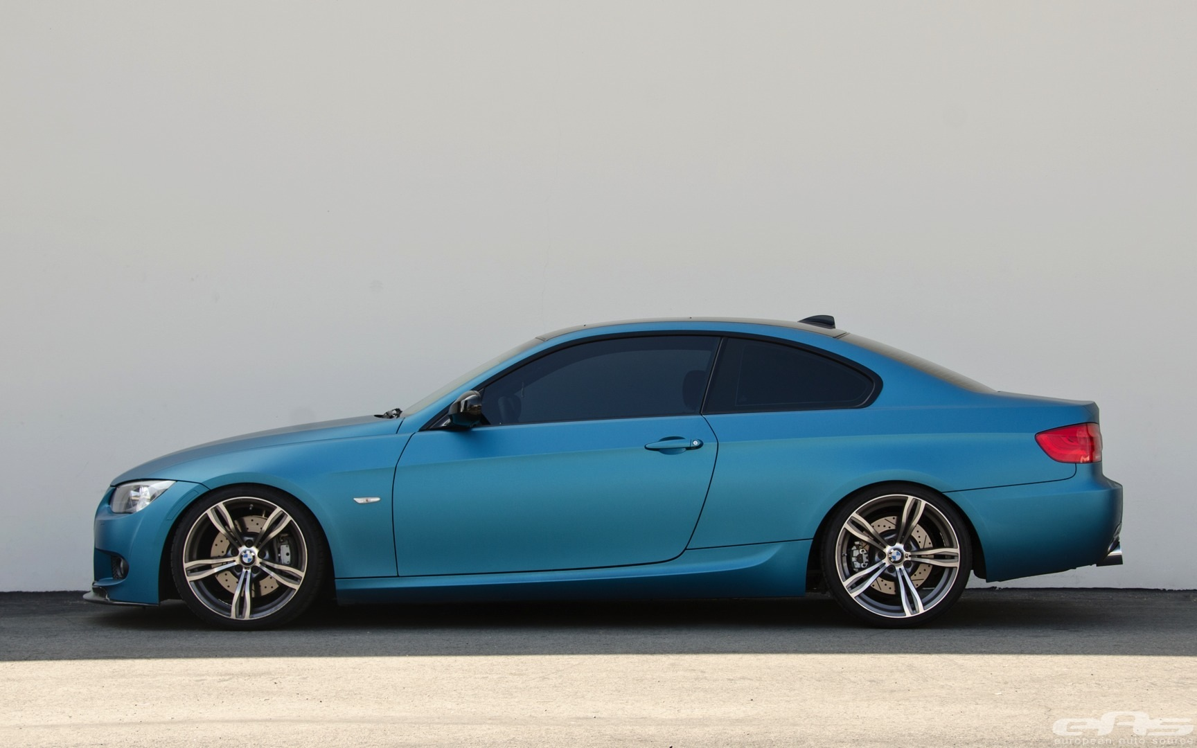 This Is Rare Matte Atlantis Blue Bmw 335i Autoevolution