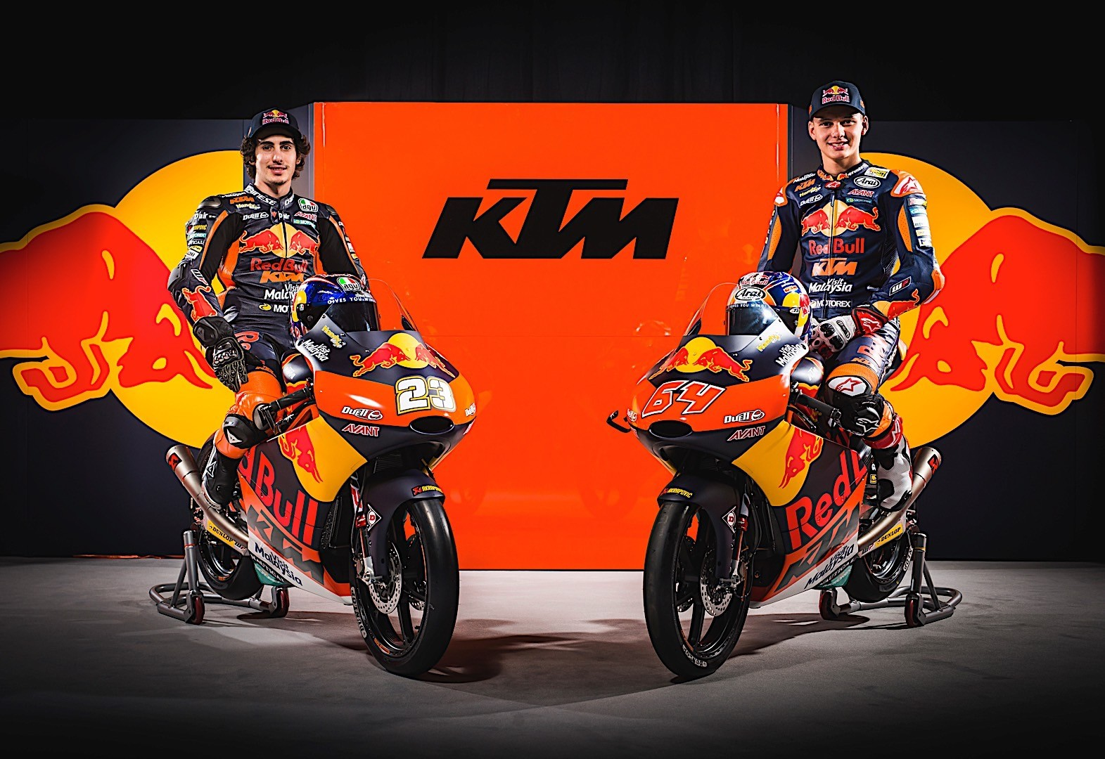 this is red bull ktm s new motogp motorcycle in final form. Black Bedroom Furniture Sets. Home Design Ideas