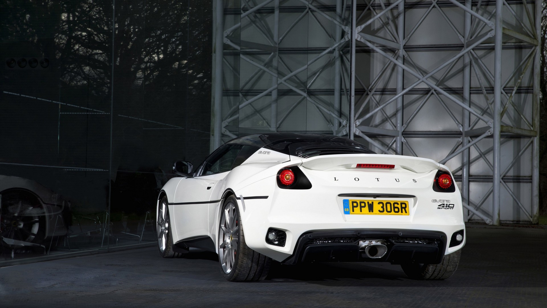 This Lotus Evora Is A Tribute To James Bond S Esprit From
