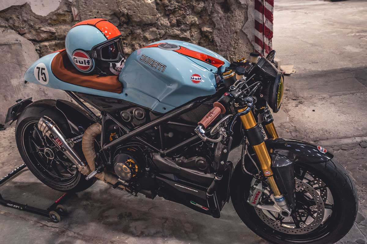This Mesmerizing Ducati Streetfighter S Shapeshifted To A Vintage Cafe Racer Autoevolution